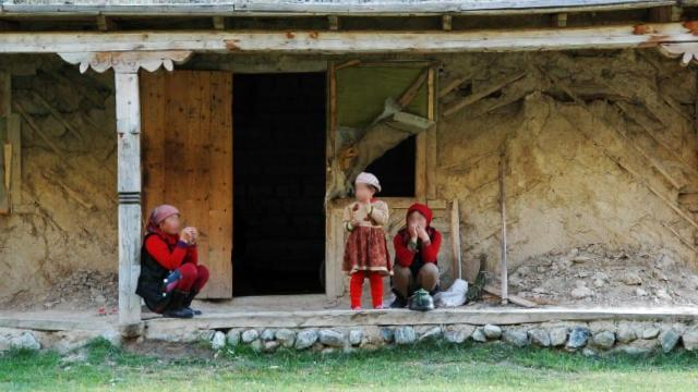 Muslims Arrested, Families Sent Back to Xinjiang