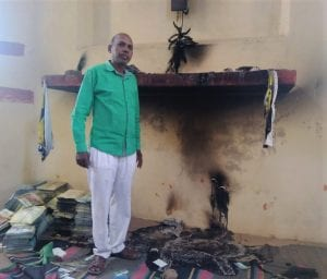 Fire at Historic Church Building on Easter Stuns, but Does Not Stop, Worshipers in India