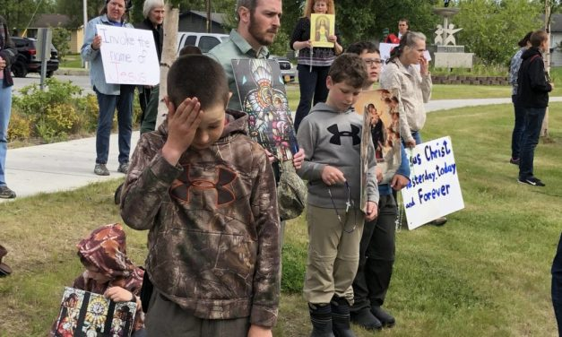 Satanic Temple Invocation Prompts Protest, Walkouts at Assembly Meeting