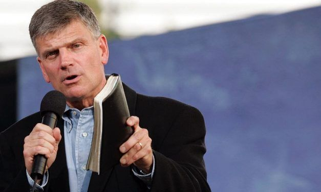 """Franklin Graham Takes Aim at """"The Lie of 'Progressive Christianity'"""""""