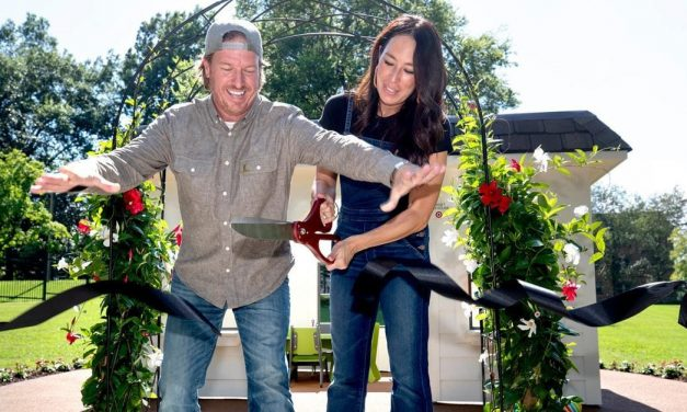 HGTV's Stars Chip and Joanna Gaines Donate $1.5 Million to St. Jude