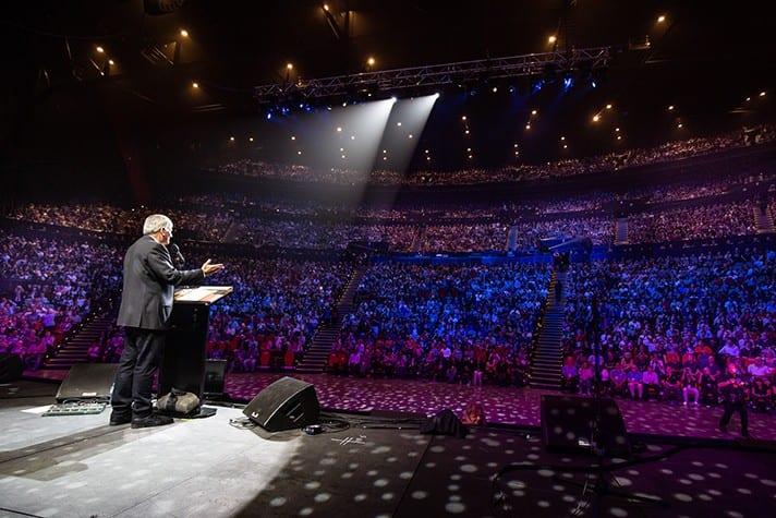 Australian Crowds Applaud Biblical View of Marriage