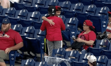 Good Stuff: Watch a young Phillies fan graciously gift his foul ball to another kid