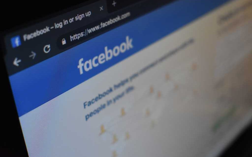 New Tactics to Persecute Christians: Islamic Extremists Using Social Media to Target Christians