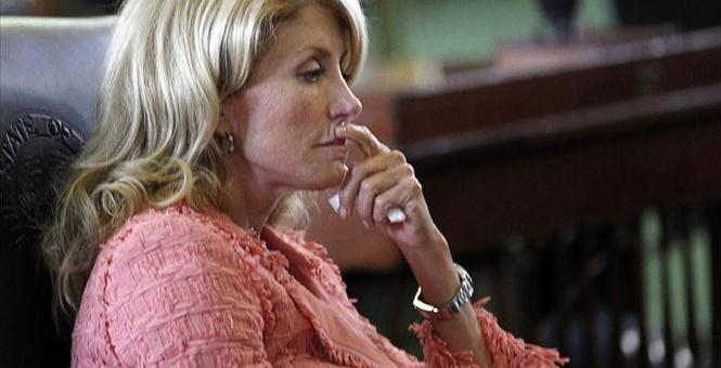 New York Times Celebrates the Return of Late-Term Abortion Activist Wendy Davis
