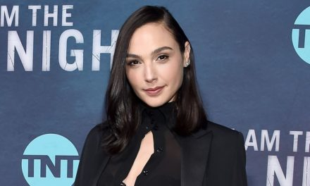 Gal Gadot to Star in, Produce Movie about Christian Who Saved Thousands of Jews from Nazis