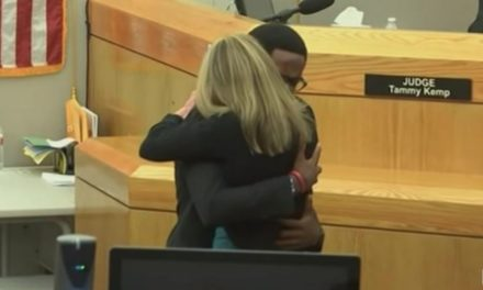'Give Your Life to Christ': Botham Jean's Brother Forgives, Embraces Ex-Dallas Cop Who Killed His Brother