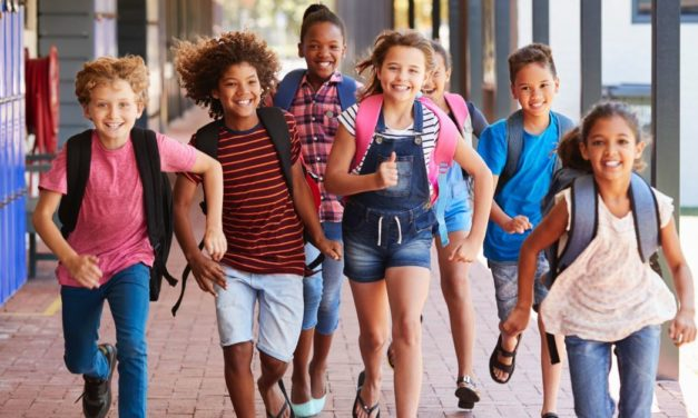 Father Demands Policy Change after School Gives 2nd-Grader Flyer Promoting Free Condoms