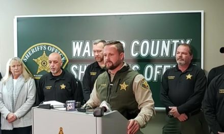 Sheriff 'Won't Bow' After Freedom From Religion Foundation Asks Him to Stop Promoting Prayer Following Tragedies